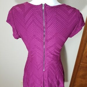 Candie's Dresses - Magenta short sleeve mini dress, size medium